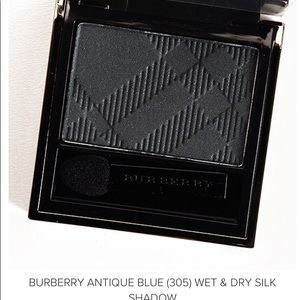 Burberry Antique Blue Wet-Dry Eyeshadow